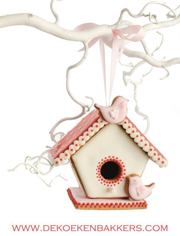 3D cookie bird house