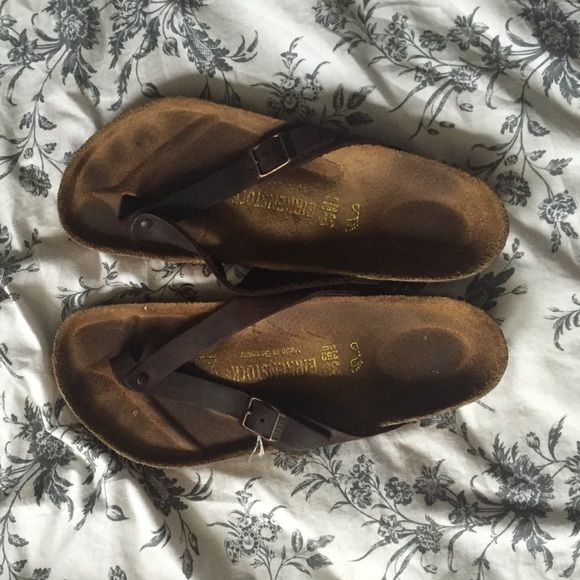 Birkenstock Adria Thong Slide Like new Birkenstock Adria sandals. Worn a couple times but too big for my feet. In great shape! No wear at all to tread, slight discolor on leather footing. Open to bartering and bundles!!! Size 39 (8.5-9) fits my foot like a 9. Birkenstock Shoes Sandals