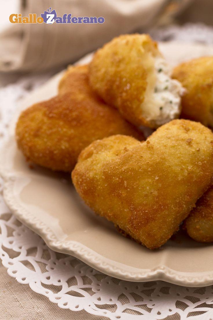 Cuoricini fritti con caprino ed erba cipollina. #ricetta #sanvalentino