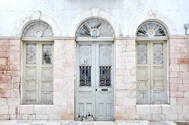 door between two windows