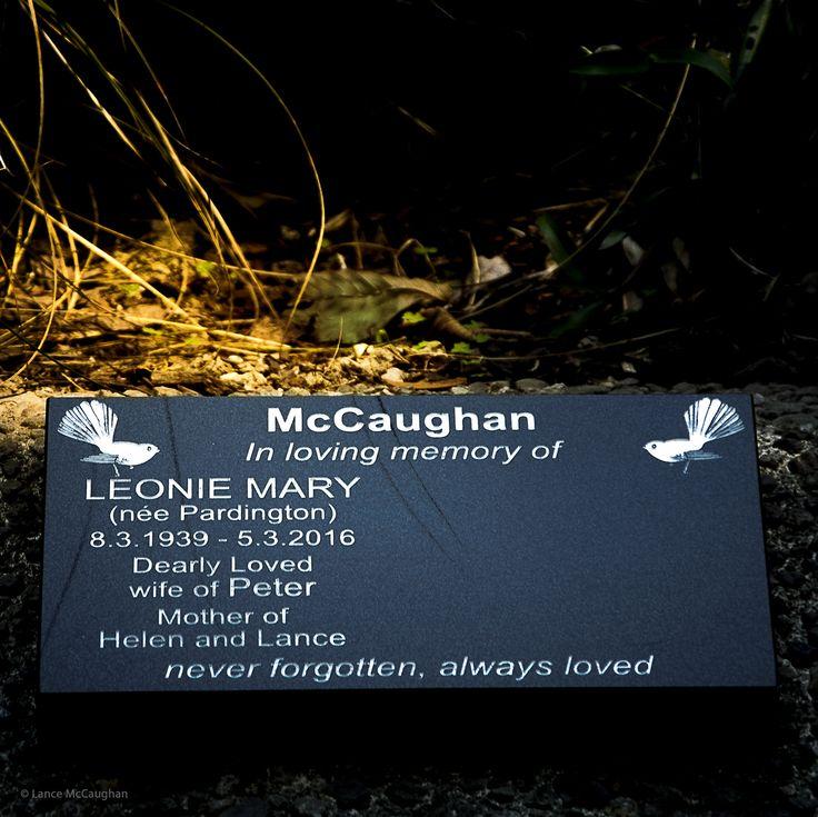 https://flic.kr/p/QnCWWe   Mums Memorial