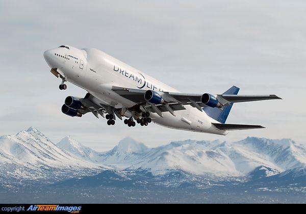 Boeing 747-4J6LCF Dreamlifter