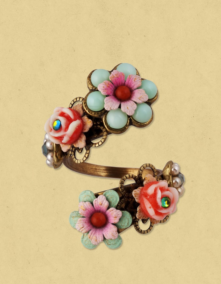 Michal Negrin - VINTAGE RING - 9873; I want it!!!!!!