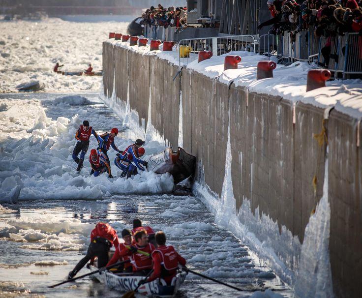 Course de canot à glace.  Photographe: http://www.pagarneau.com   #Course #CanotÀGlace #Québec #Carnaval #Hiver #Sport