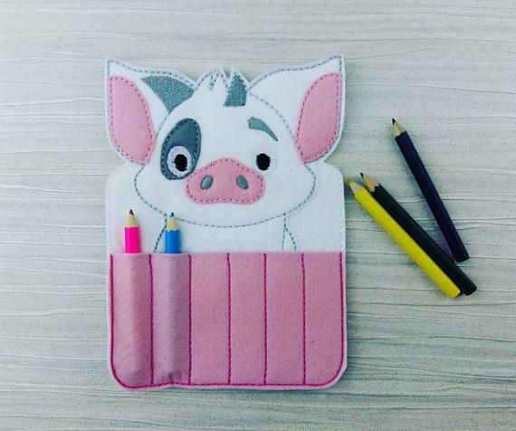 Hey, I found this really awesome Etsy listing at https://www.etsy.com/uk/listing/519830740/pig-crayon-holder-toddler-gift-crayon