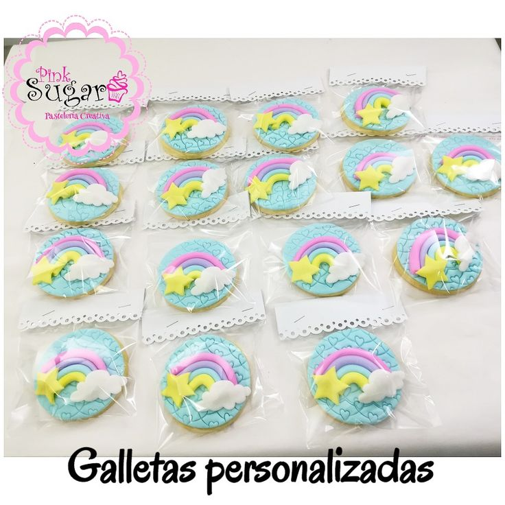 Galletas decoradas en fondant arcoiris unicornio nubes y estrellas Rainbow cookies