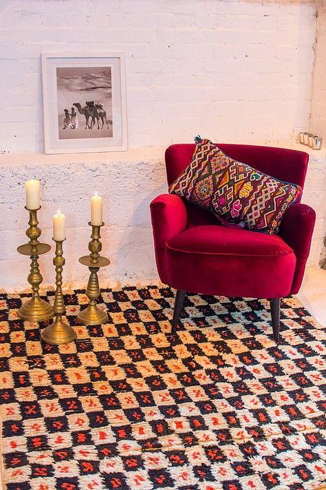 Moroccan rug for sale or hire #moroccanrug #moroccaninterior #eventhire #eventfurniturehire #beniouarain #kilimcushions
