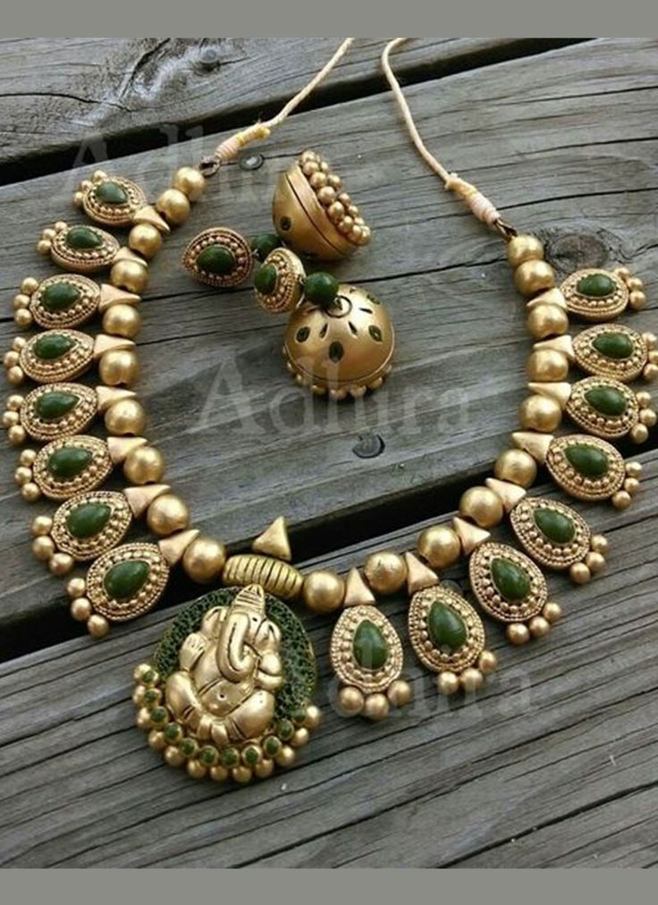 Gold Green Terrocotta Necklace Set