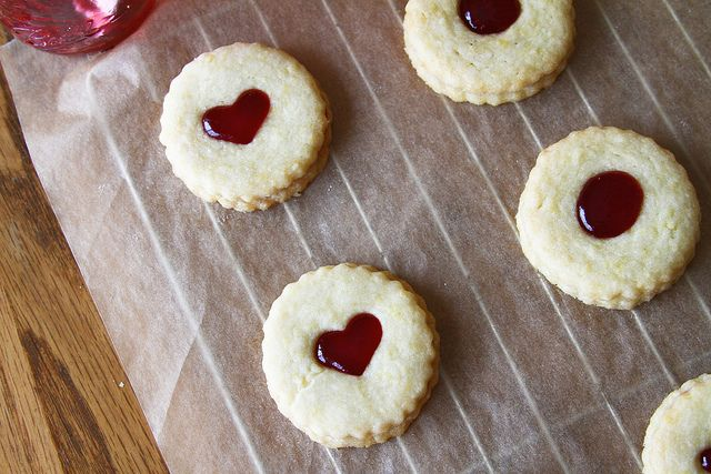 Homemade Jammie Dodgers - 3 by Sugarcrafter, via Flickr