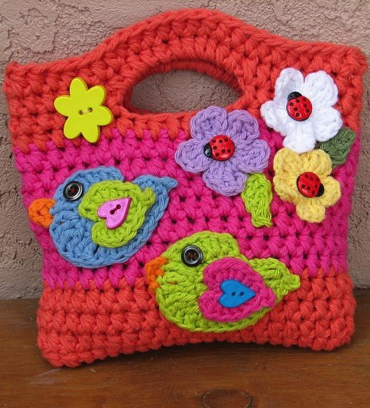 Crochet pattern girls bag - ideas for embellishing a bag later!!