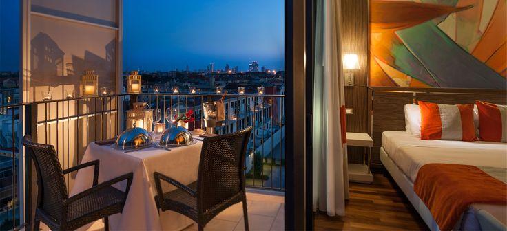 Ramada Plaza Milano è il nuovo Urban Resort Milanese  Questo innovativo hotel & residence milanese dispone di 167 camere e 96 appartamenti con stanze accoglienti e spaziose, in grado di soddisfare ogni esigenza. Gli ambienti, pensati nei minimi