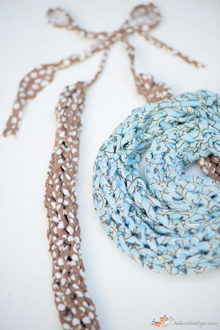 KnittedvFabric Necklaces  - this site is amazing