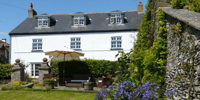 Strete Barton House, Devon. Spend a few days by the #coast and #enjoy the #summer in the #sun. Visit:http://bit.ly/20QldZR