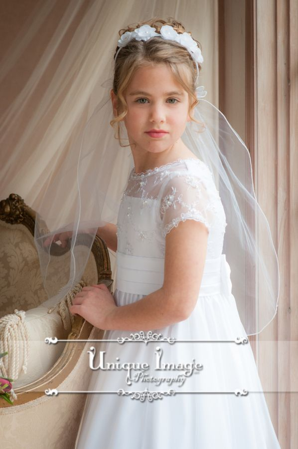 Unique Image Photography. First Holy Communion Portraits. Comunnion dress ideas. Holy Communion Inspiration.