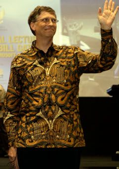 Another famous personality... Wearing batik