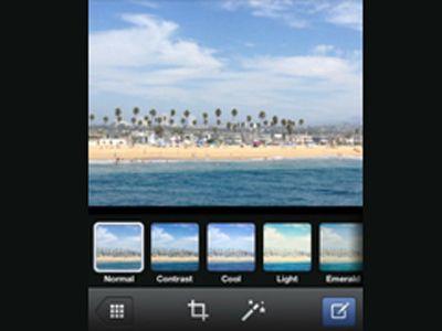 iPhone Kullanıcıları Artık, Facebook'ta Instagram Stilinde Filtreler Kullanabiliyor -     Fotoğraf filtreleri konusundaki rekabette, Facebook yeni bir adım attı ve Facebook iOS uygulamasını filtre ekleyerek güncelledi(...)