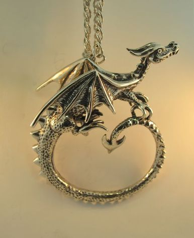 Dragon - Circle Dragon Neckpiece, sure can't afford it, but oh, it is lovely!