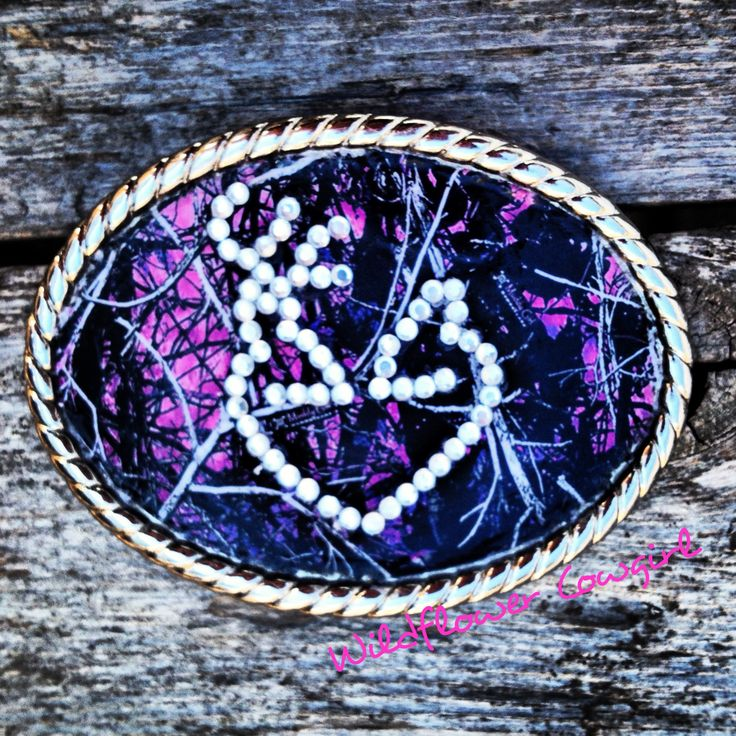 Pink camo belt buckle. Western cowgirl buckle. MuddyGirl. Camo. Browning. www.WildflowerCowgirl.com