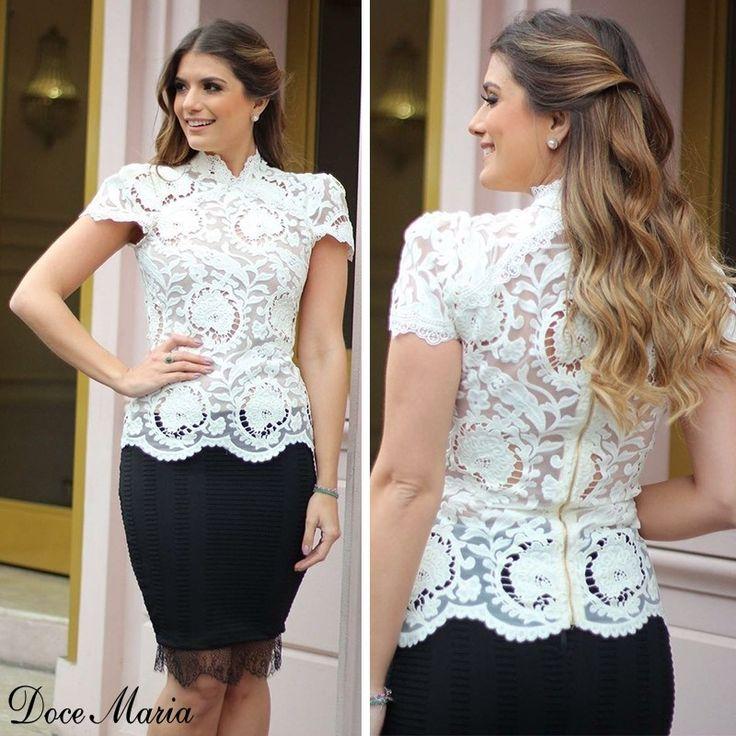 """695 Likes, 77 Comments - Doce Maria  (@docemaria_oficial) on Instagram: """"Essa blusa é o equilíbrio do elegante com o feminino ✨❤️ Disponível nas lojas nas cores OFF{da…"""""""