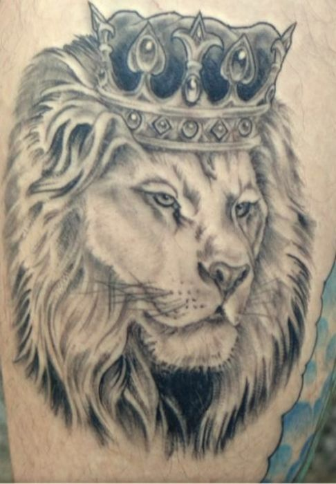 the 22 best images about tattoos on pinterest jungle tattoo crown tattoos and sleeve. Black Bedroom Furniture Sets. Home Design Ideas