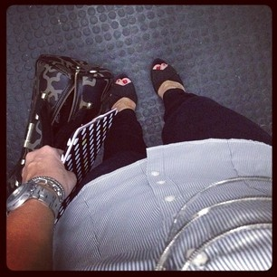 black pants, blackandwhite shirt, Silvia Tcherassi for Payless sandals, TOUS handbag