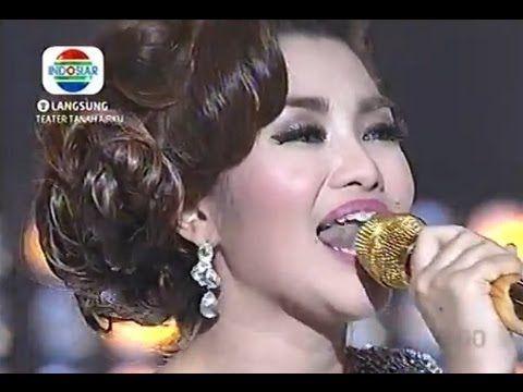 Fitri Carlina - ABG Tua live @ Indonesian Dangdut Awards 2014