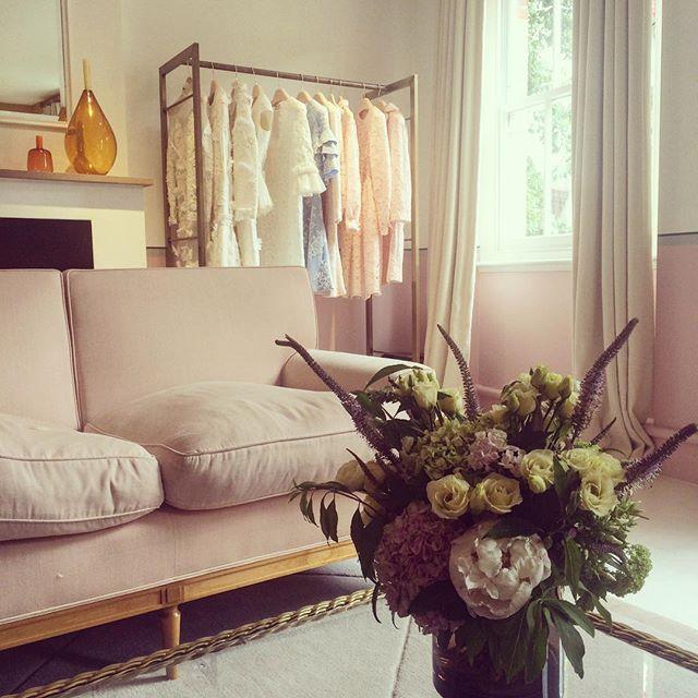 29 best Moda Operandi images on Pinterest Fashion showroom