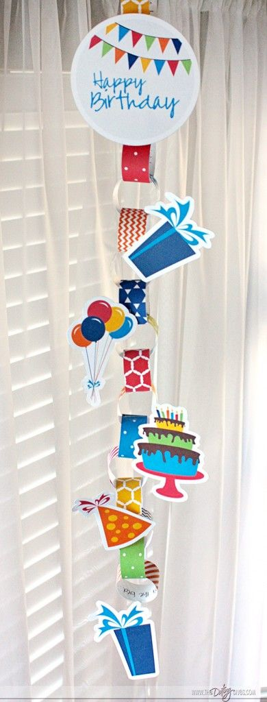 Free Birthday Countdown Chain- this is the coolest thing ever!  You can write a note on the back of each slip before putting it together.  So fun.