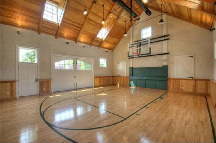 Las Vegas Mansion with Incredible Indoor Basketball Court | Indoor ...