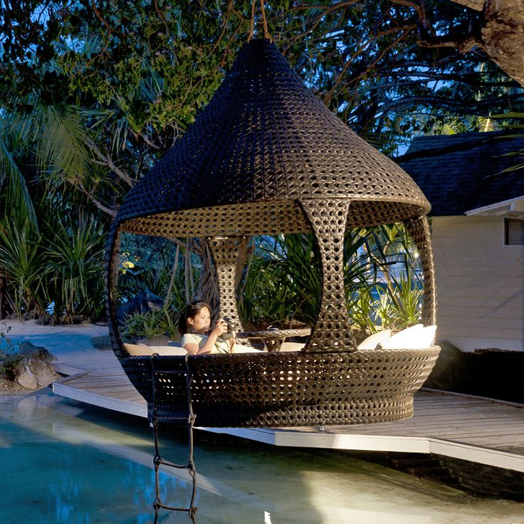 Great shot of the Alexander Rose Ocean Lantern - suspend it from a tree or place it on the ground - looks great