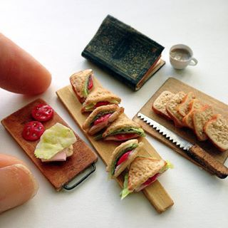 fraise 樹脂粘土のクラフトノート 全粒粉食パンのサンドイッチ♪