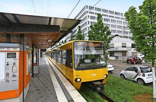 Die SPD will den Stadtbahnverkehr ausbauen. Foto: Achim Zweygarth - Here I agree w/ #SPD #Stuttgart(but not w/ #NilsSchmid,he better resigns, next election loses again if w/ him lol):   #VVS #tickets/abo in #Stuttgart indeed very expensive, multiple more #expensive than in #Vienna http://www.stuttgarter-zeitung.de/inhalt.nahverkehr-spd-denkt-an-365-euro-ticket.31269b1c-1eeb-4bce-ba14-25c6bdd358ce.html though in Stuttgart much less to #see than in Vienna lol