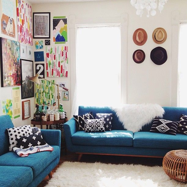 Colorful Mess Room: 25+ Best Ideas About Turquoise Sofa On Pinterest