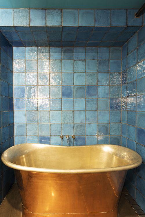 Bathroom design by interior designer Meredith Lee, photo by Elizabeth Schiavello. Copper bath.