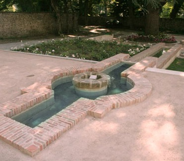 Klompie water feature at Hotel Chateau Sallandrouze in France