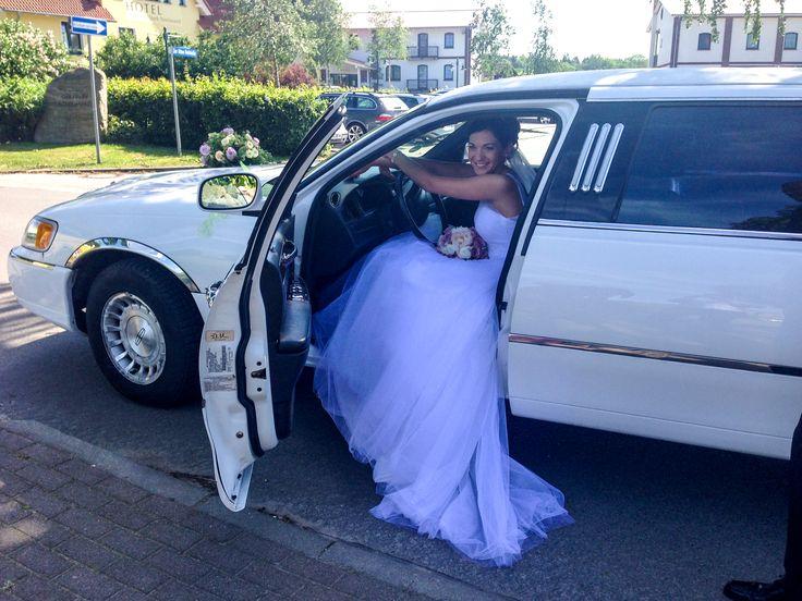 Eine Stretchlimousine für die Braut