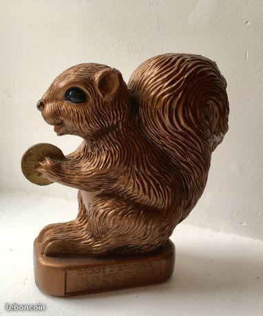 tirelire écureuil caisse d'épargne siglé