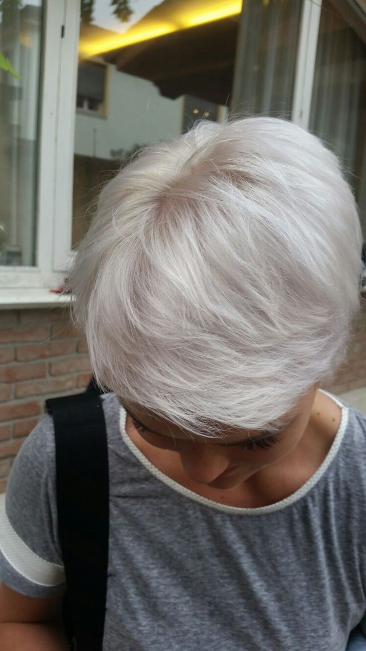 #blonde #loveblonde #inebryaitaly #inebryacolors #beautybeauty #inebryathessaloniki #hair www.beautybeauty.gr