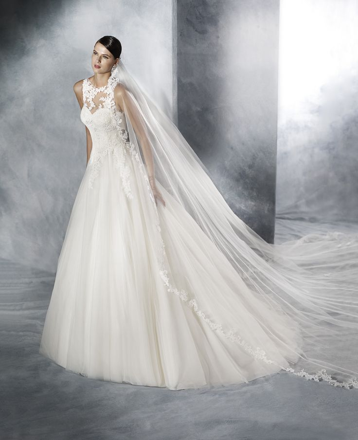 41 best WHITE ONE 2016 images on Pinterest   Short wedding gowns ...