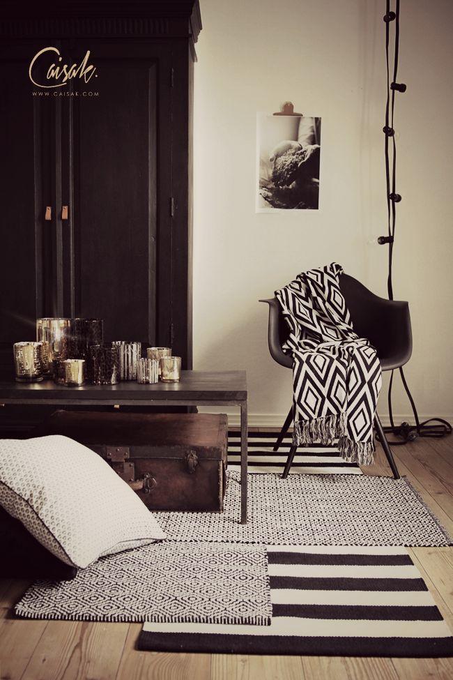 Layering carpets