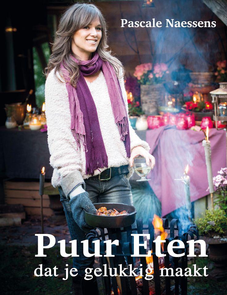 Puur Eten - Pascale Naessens | In Puur Eten gaat Pascale Naessens nog dieper in op haar eetfilosofie en levensstijl. Ze zweert bij de unieke combinatie van gezonde ingrediënten. Haar recepten zijn puurder dan ooit.