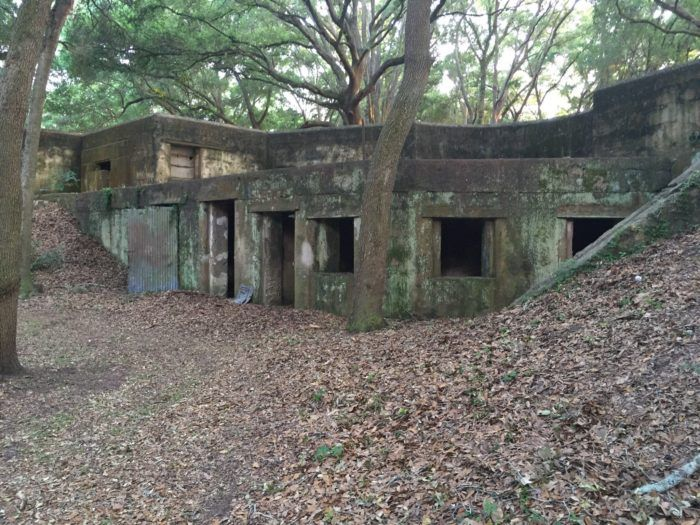 The Story Behind This Haunted Fort In South Carolina Is Truly Creepy