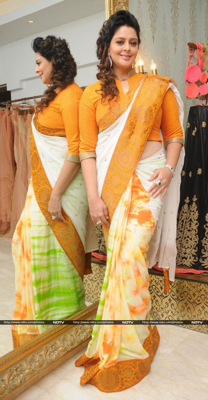 Nagma: Love the blouse | ♛♛Red-Hot beautiful Indian ...