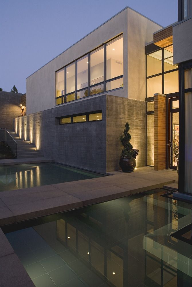 I LOVE modern houses, i grew up in a big modern house and i would love my kids to do the same.