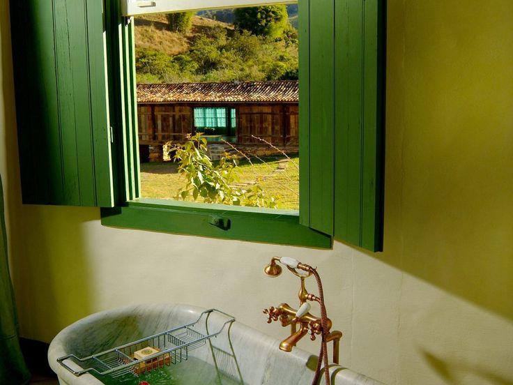 Banheiros charmosos - Reserva do Ibitipoca
