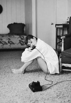 Audrey Hepburn Powder Room Ideas