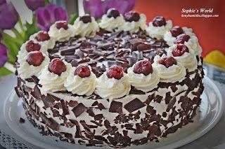Egyik legnépszerűbb klasszikus a feketeerdő torta, melynek elkészítéséhez több féle recept található. Biztos vagyok benne, hogy mindegy...