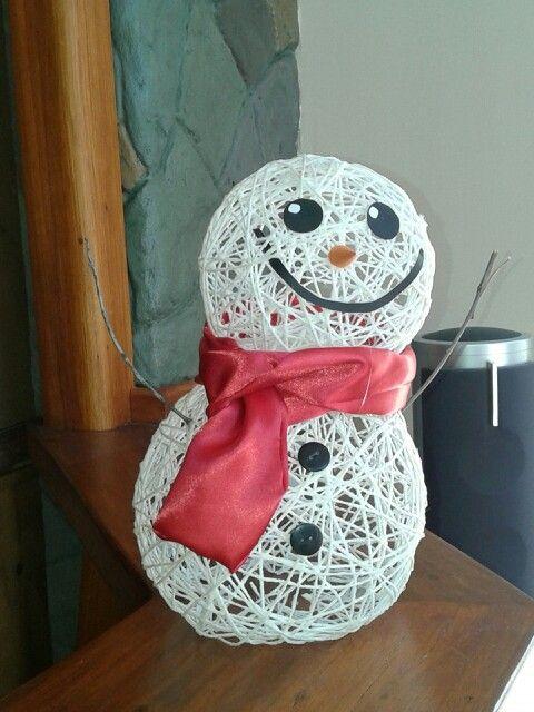 Muñeco de nieve ( yo con mi hermana )  http://youtu.be/K9Qe-blw89I