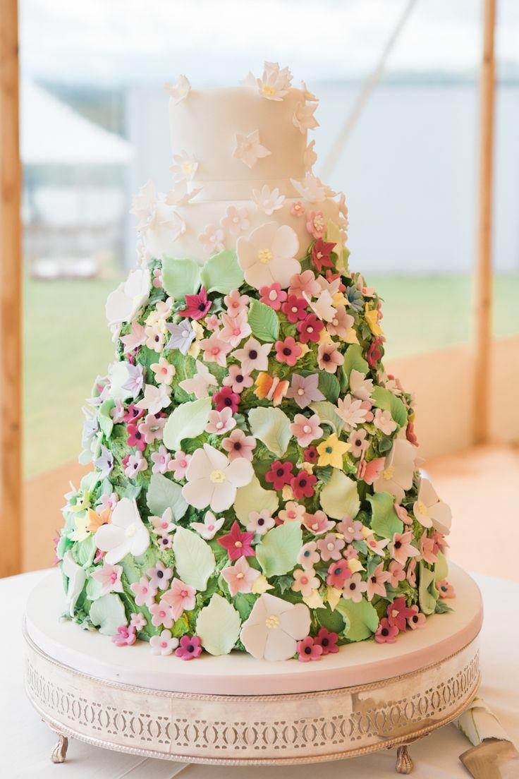17 Best 1000 images about Wedding Cakes on Pinterest Wedding cake