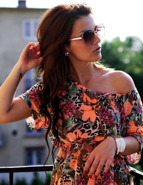 I love animal print. I love flowers. I love bright colors. I love this dress.